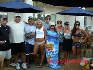 group-of-friends-at-outside-bar