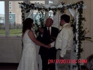 bride-groom-alter-in-sunset-room